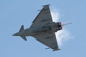 RAF Typhoon FGR4 ZJ923 display photo 07