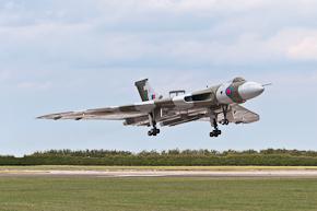 VTTS Vulcan B2 XH558 Photo